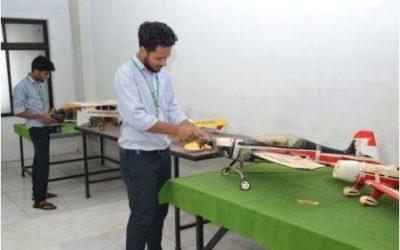 Student training at Aero-modelling lab
