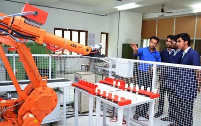 ABB Robot (IRB – 1410)